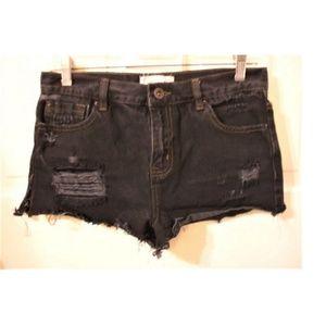 FOREVER 21 Size 27 (Actual 30)Juniors Black Shorts